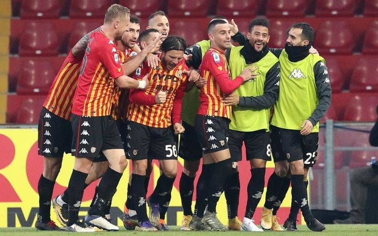 cagliari benevento highlights